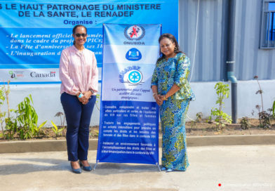 Partenariat RENADEF-ONUSIDA : Visite du Dr SUSAN KASSEDE dans les installations du RENADEF